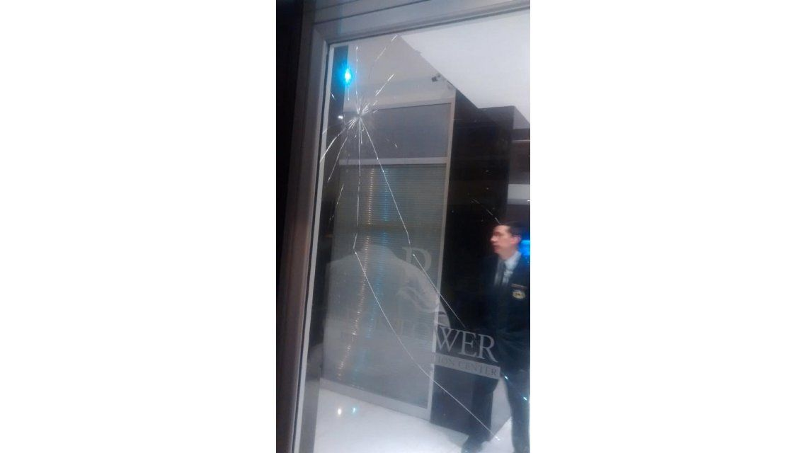 Hubo incidentes en la llegada del plantel de River a Rosario