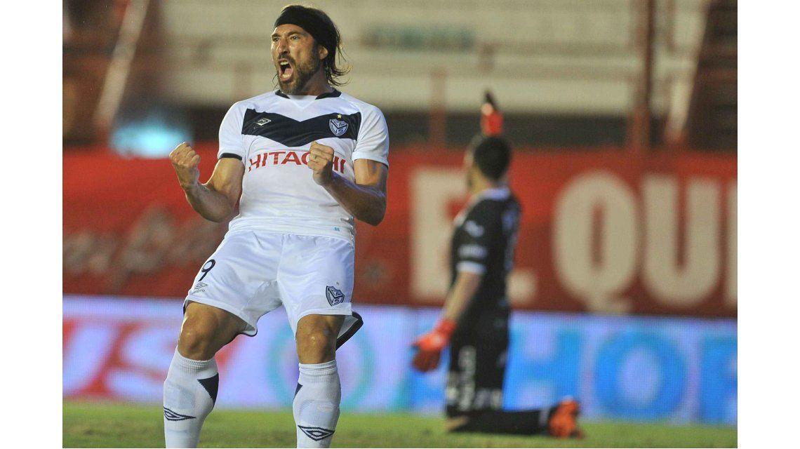 Vélez le ganó a Argentinos con dos goles de Mariano Pavone y uno de Toledo