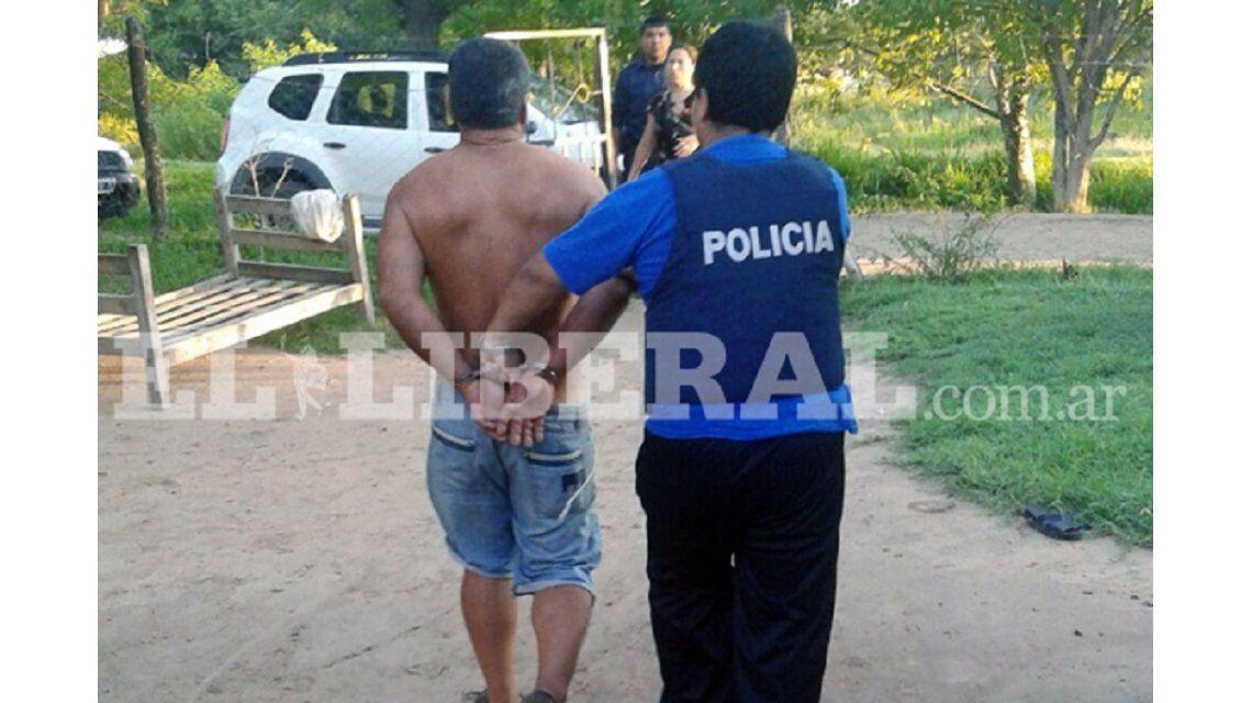 Detuvieron a un hombre acusado de prostituir a su hija de 14 años entre presos