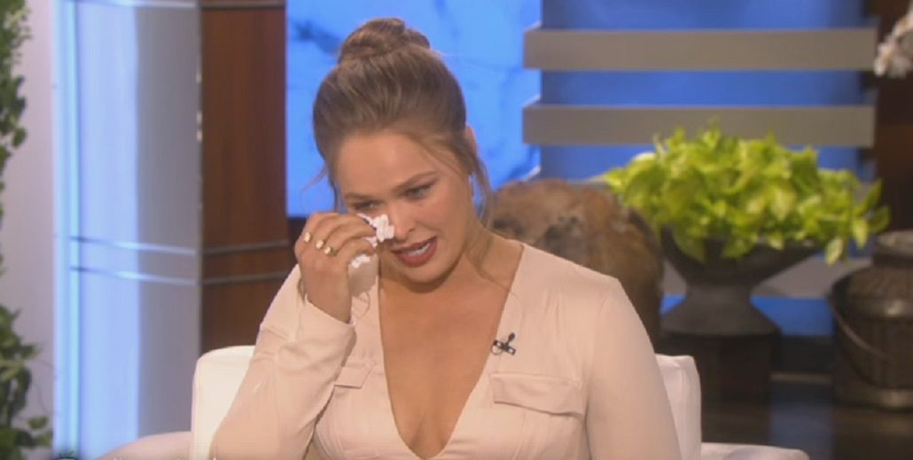 Conmovedor: entre lágrimas, Ronda Rousey confesó que quiso matarse