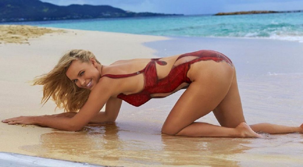 La danesa Caroline Wozniacki se desnudó antes de Wimbledon