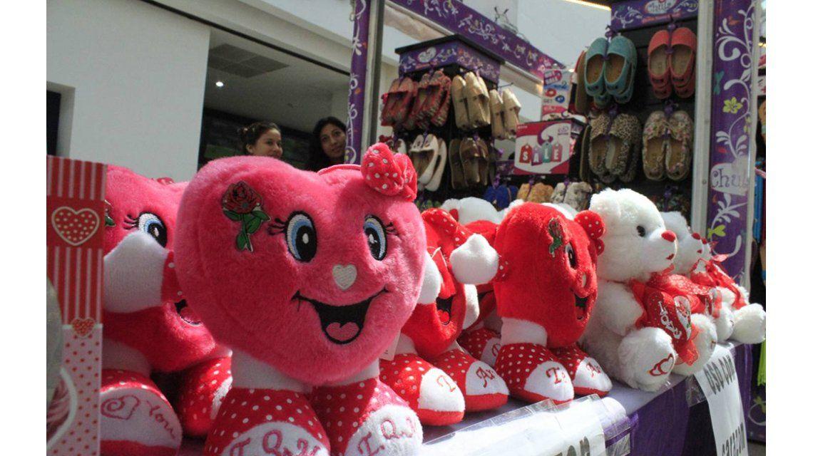San Valentín, en cifras: Más de 1 millón de personas festejaron y las ventas subieron 1,3%