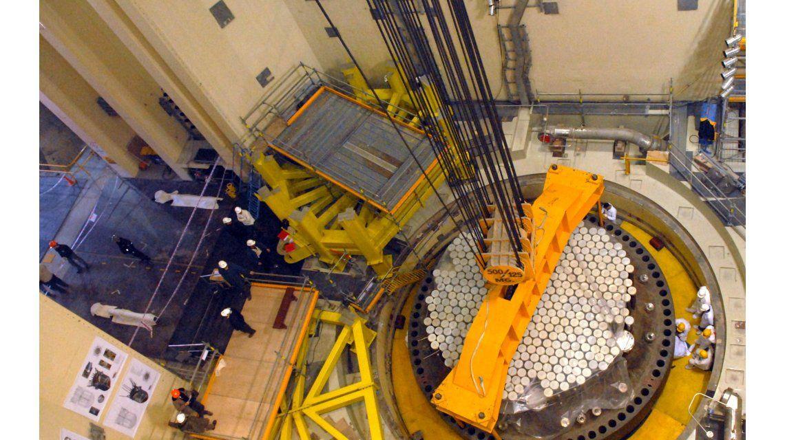Advierten que podrían despedir a 2.200 trabajadores de la central nuclear Atucha II