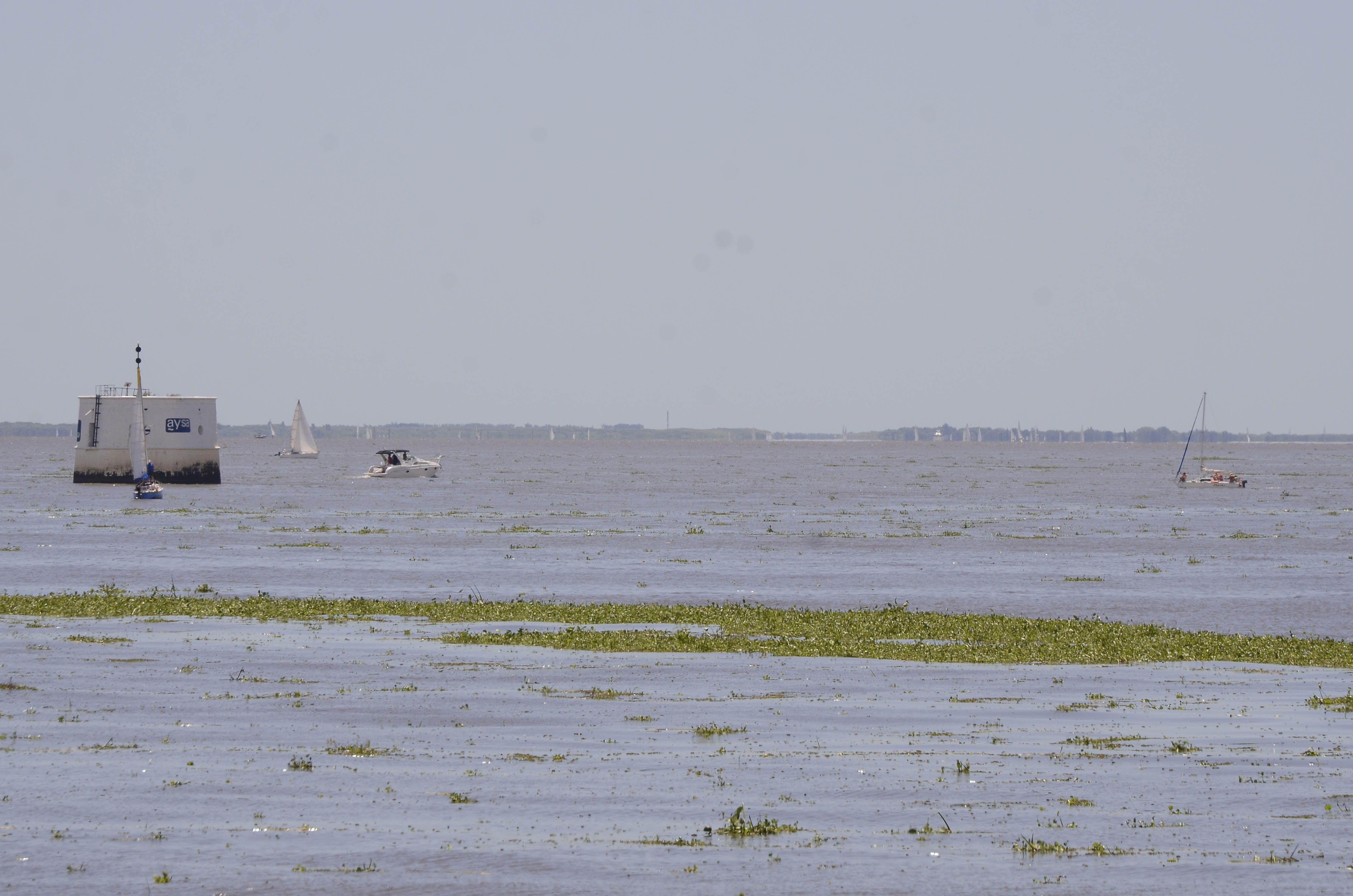 Alerta por crecida del Río de la Plata en la costa de toda el área metropolitana