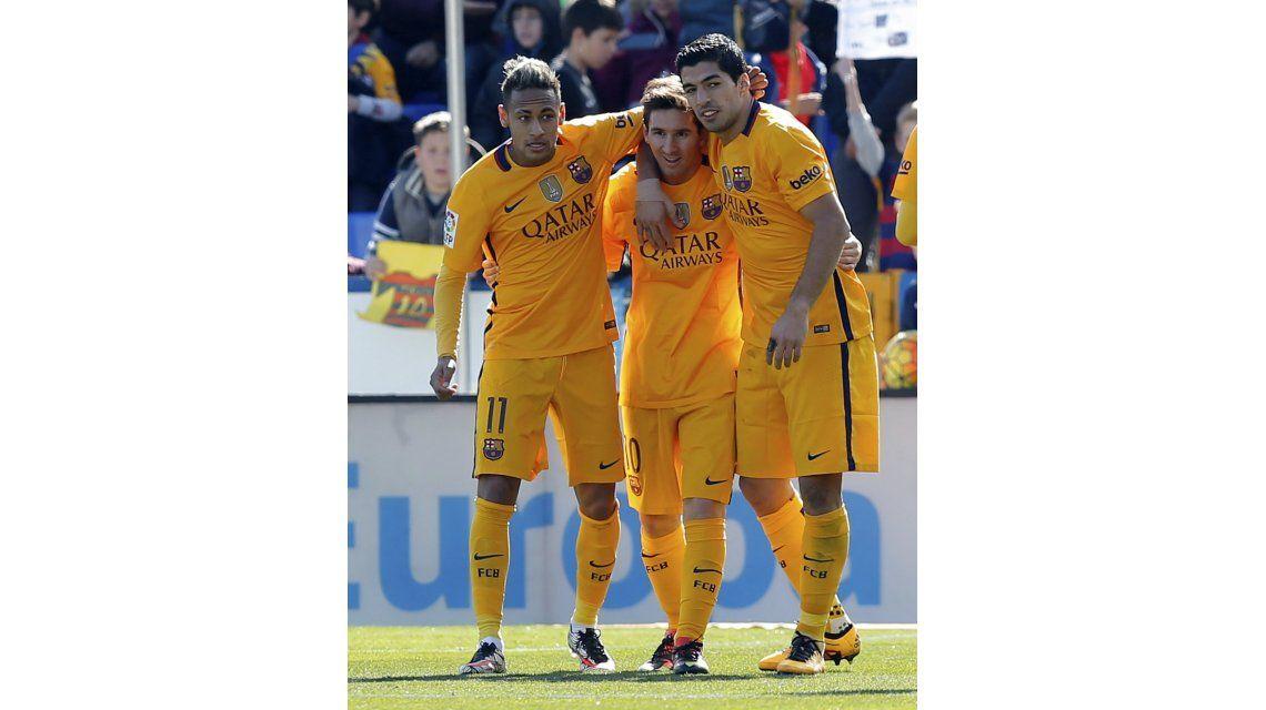 El Barcelona irá por el récord de Guardiola en su visita al Levante