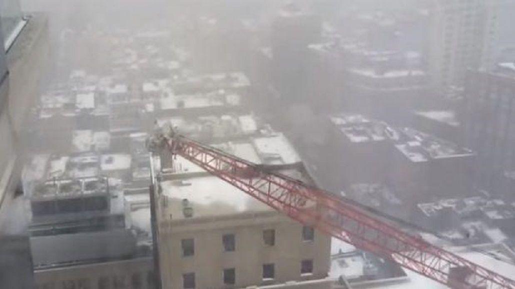Registran en video la tragedia de la grúa en Nueva York