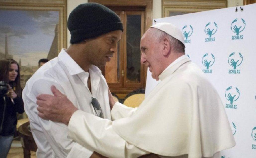 Francisco a Ronaldinho: ¿Pelé o Maradona?