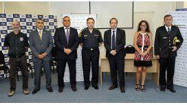 Agentes se capacitan para custodiar aeropuertos y frenar el narcotráfico