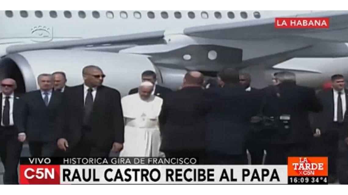 Histórico encuentro entre el papa Francisco y el patriarca ruso Kiril