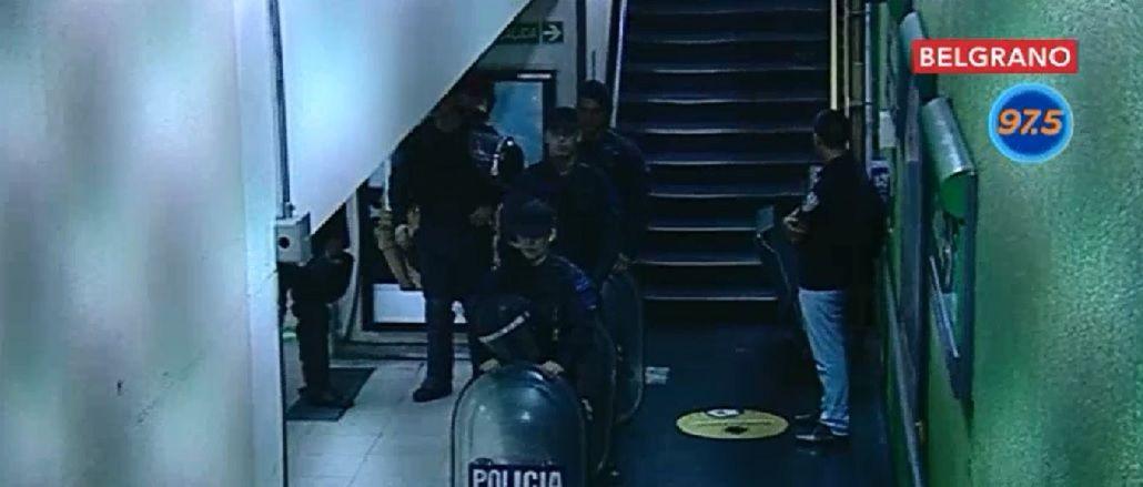 Vigiladores privados impiden con un piquete en las vías que funcione la línea D