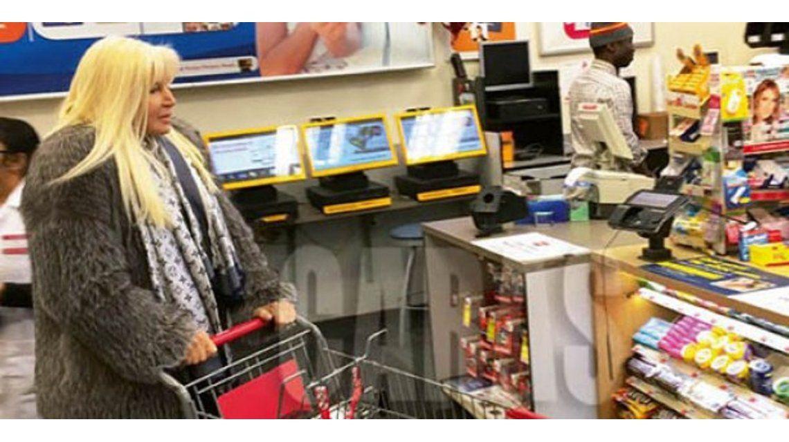 Susana Giménez, de compras en una farmacia de Nueva York