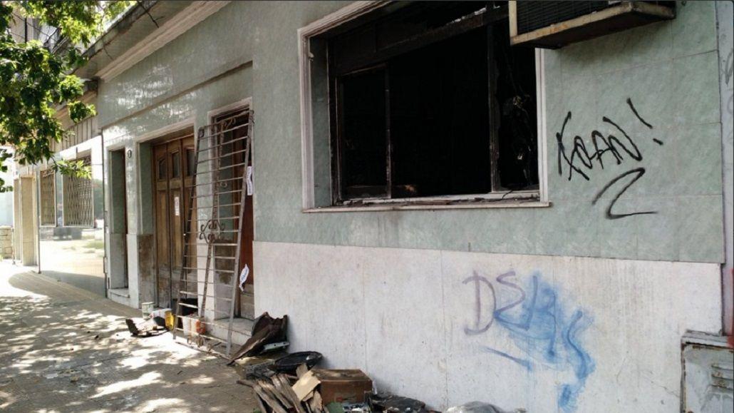 Una anciana murió al incendiarse su casa: su hijo la había atado a la cama