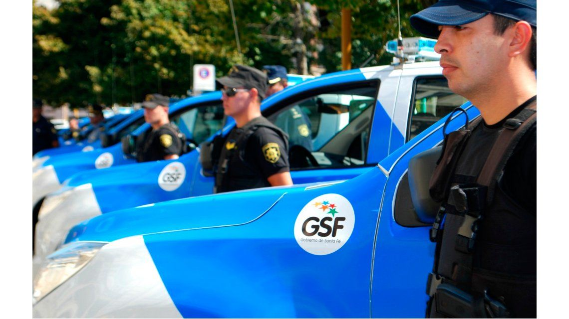 Polémica: Santa Fe analiza someter a rinoscopias a sus policías