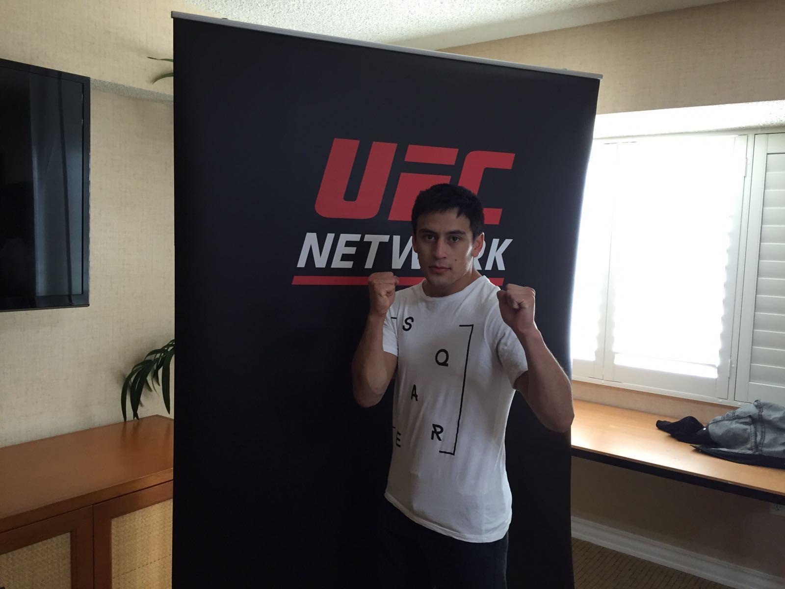 Jugaba al fútbol, cambió su vida y hoy es el único chileno en la UFC