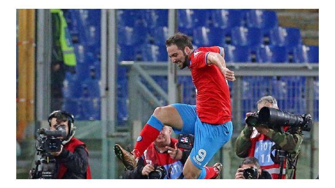 Sigue imparable: Higuaín convirtió en una nueva victoria del Napoli