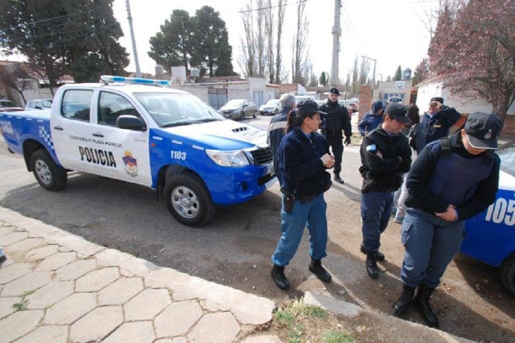 Misterio en Neuquén: Asesinaron a un hombre de un tiro en la espalda mientras manejaba