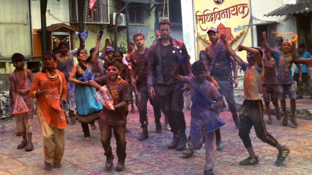 ¿Por qué este video de Coldplay y Beyoncé generó una polémica cultural en India?
