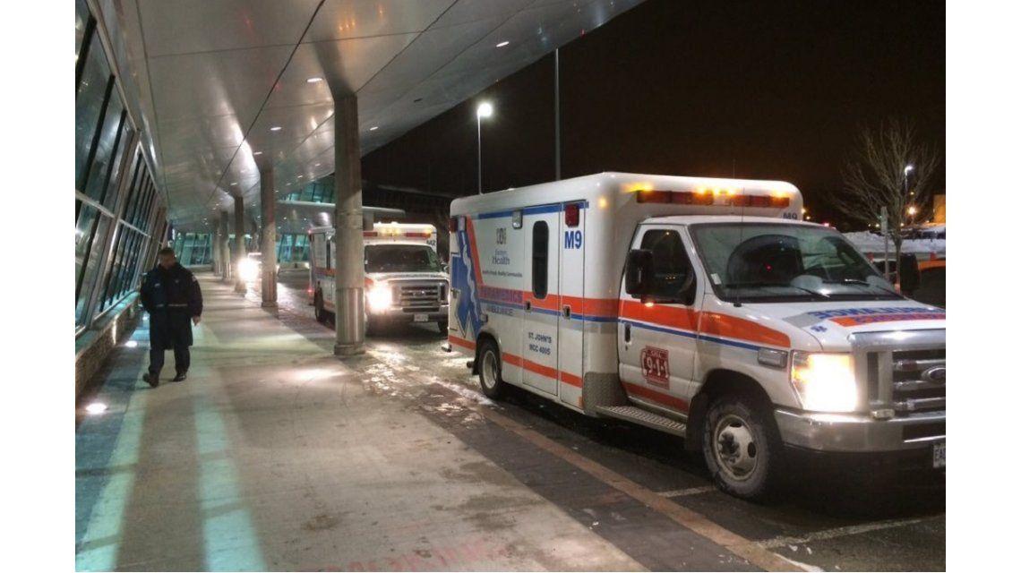 Un avión con destino a Milán fue desviado a Canadá con varios heridos