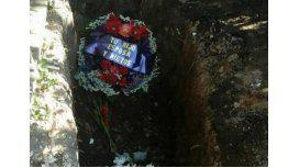 Un hombre denunció que a su abuela la enterraron arriba de otro muerto
