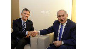 Mauricio Macri junto a Benjamín Netanyahu durante el Foro Económico de Davos