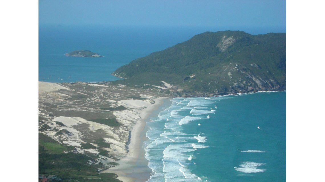 Ésta es la playa donde desaparecieron dos turistas argentinos