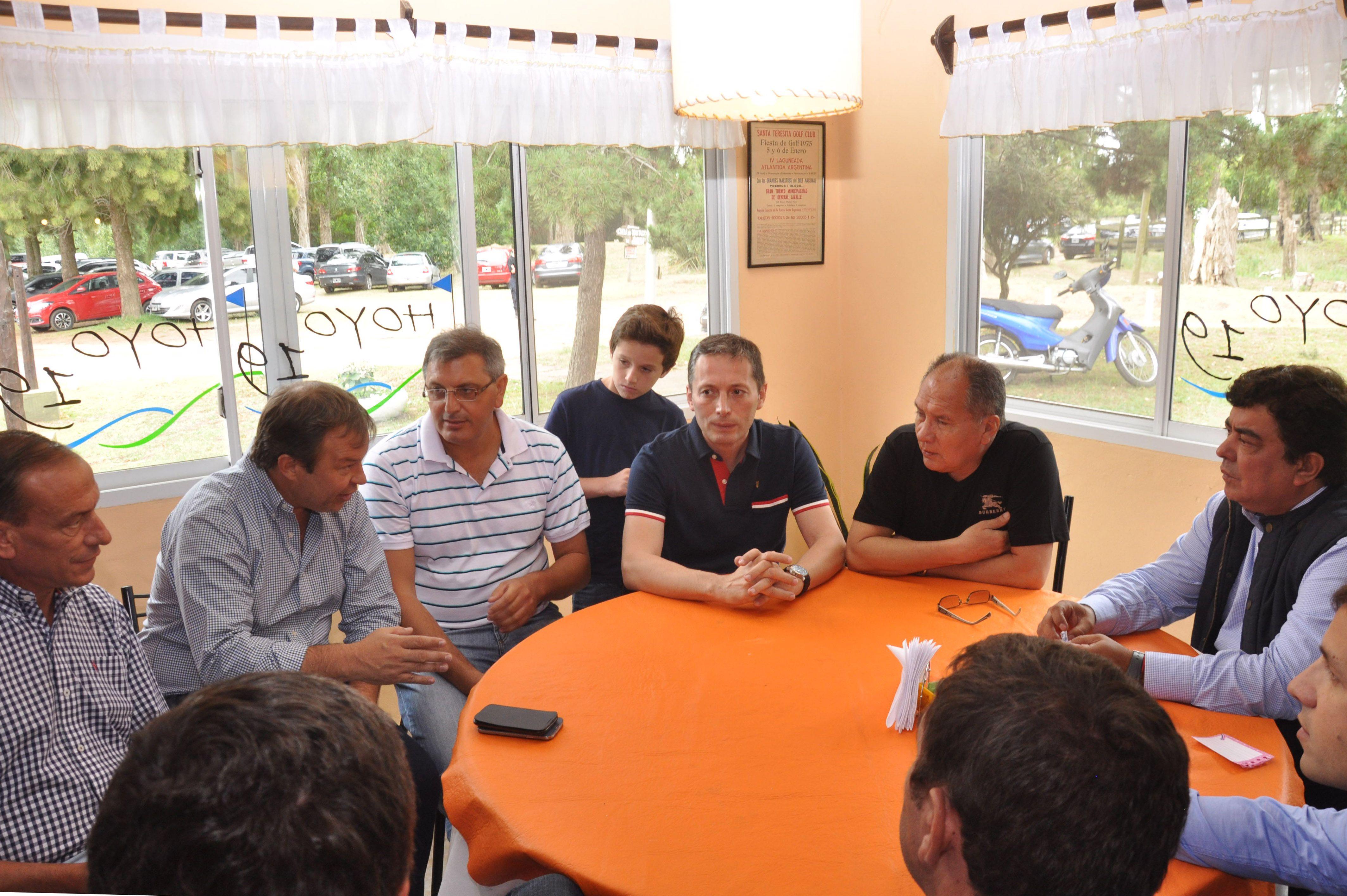 Espinoza: Macri y Vidal se equivocaron en acordar con Massa que salió tercero