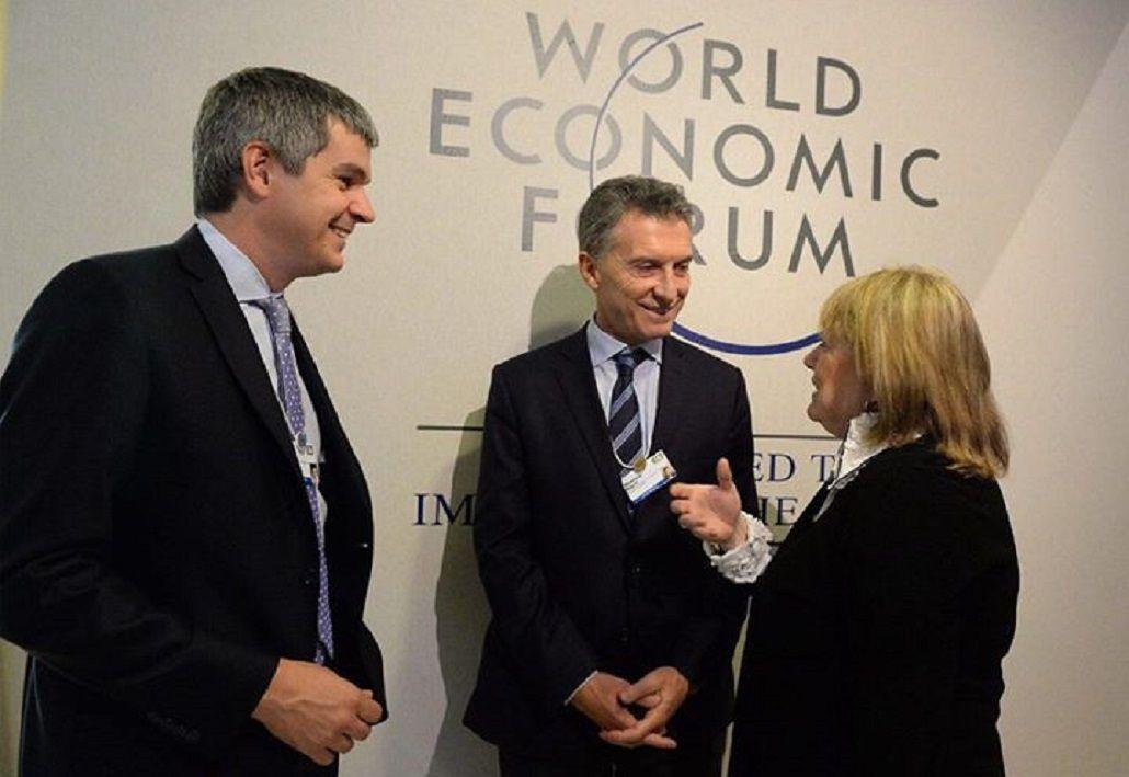 ¿Quiénes son los ministros que viajarán a Davos en representación de Macri?