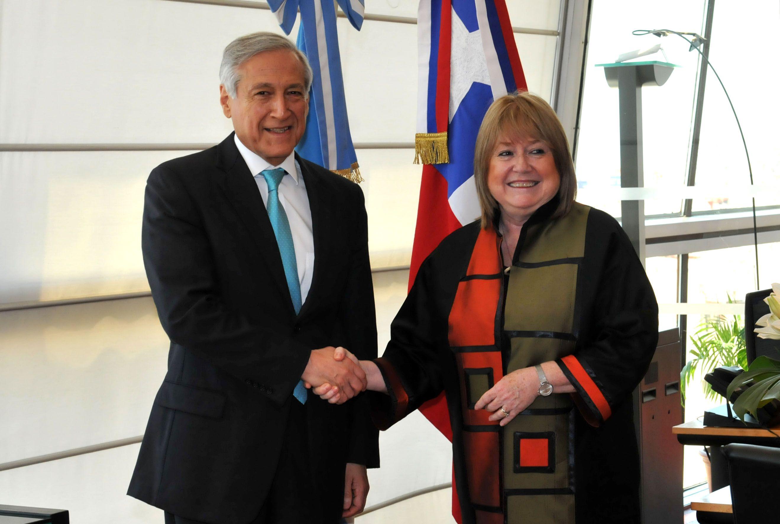 La integración de Argentina con la Alianza del Pacífico debe darse desde el Mercosur