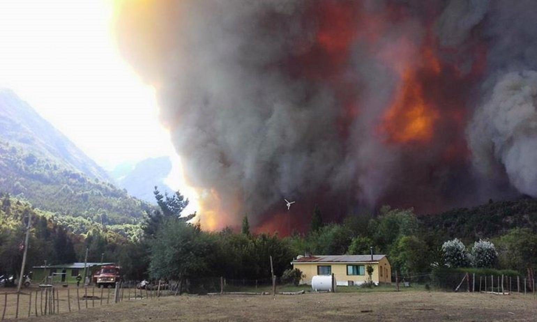 El fuego no da tregua y ya consumió 1.350 hectáreas en Chubut