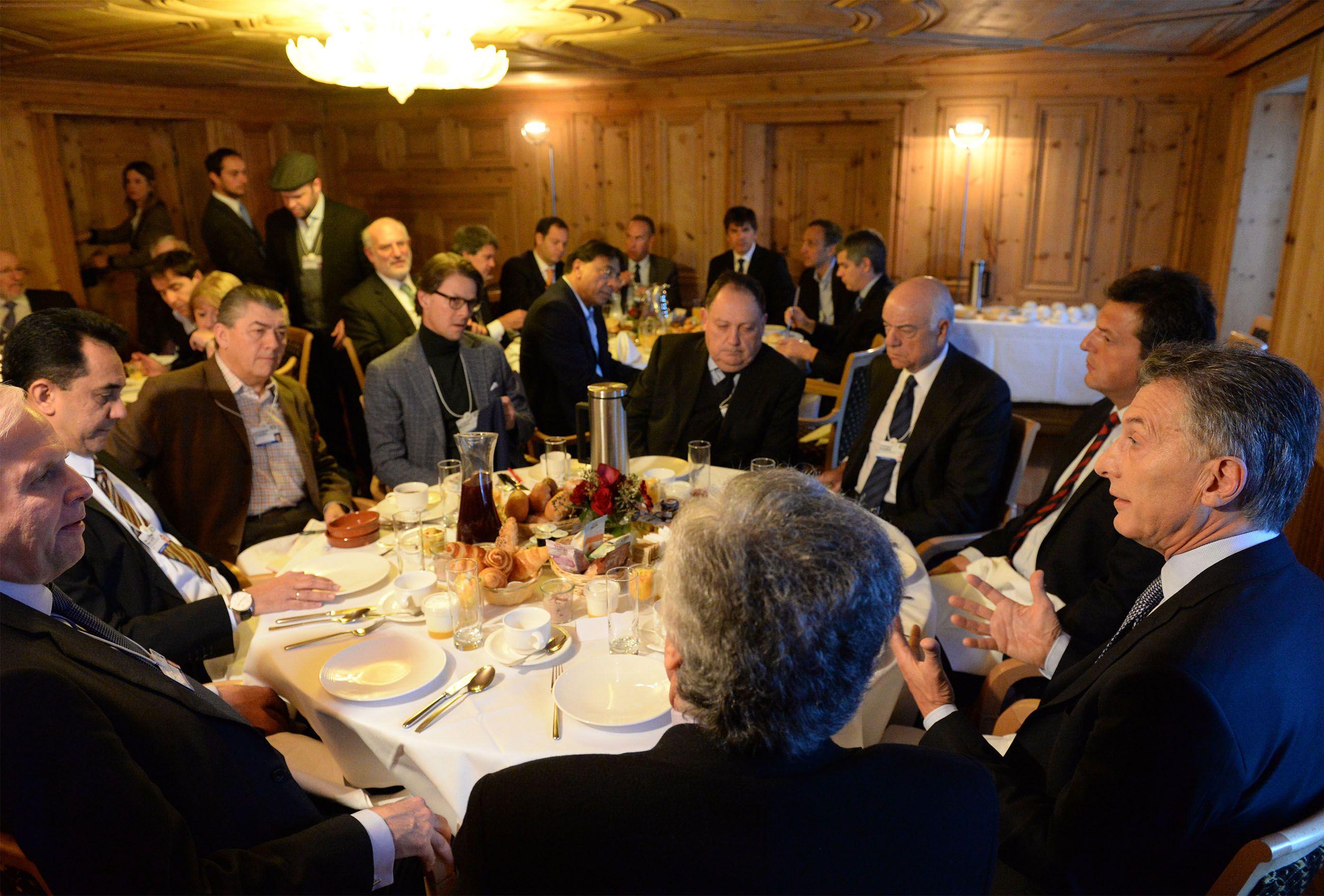 <p>Macri con empresarios</p>