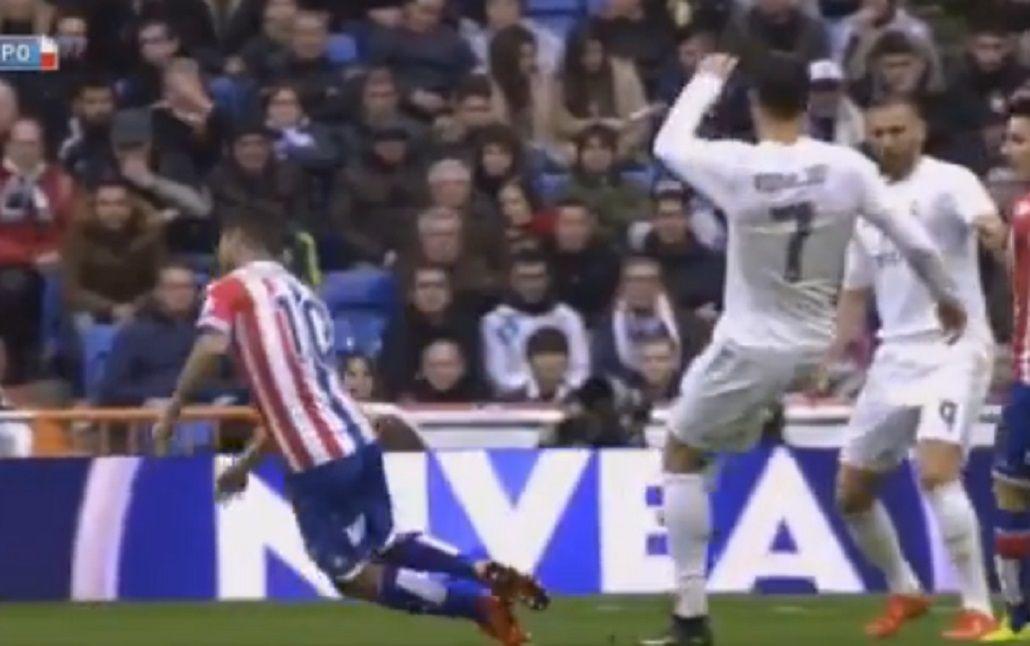 Cobarde: mirá la insólita agresión de Cristiano Ronaldo a un rival