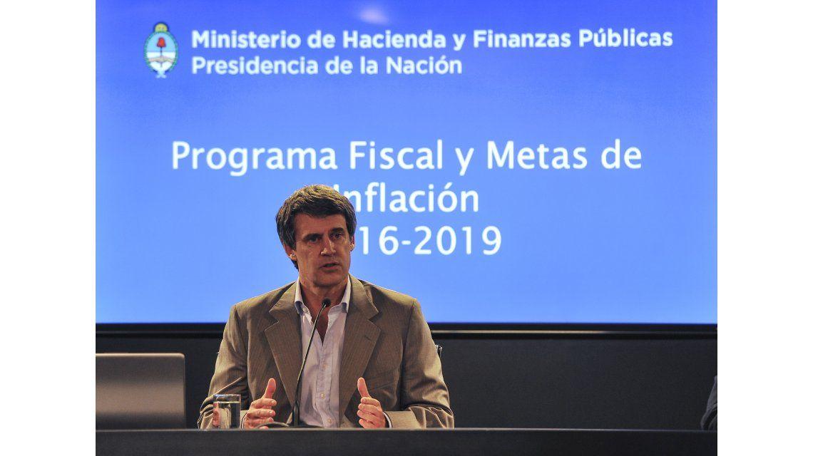 Gobierno adelanta fondos por $ 1.000 millones a Entre Ríos, Neuquén y Catamarca