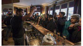 Reabrió el primero de los bares atacados en los atentados de París