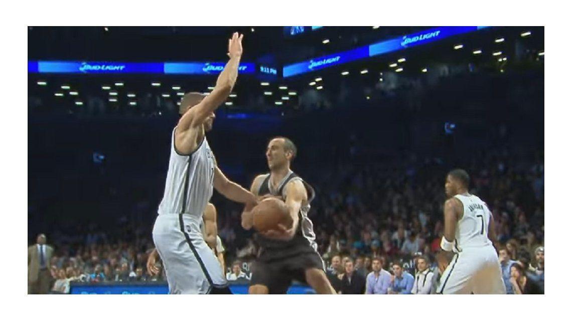 Dos jugadas de Ginóbili, entre las mejores de la semana en la NBA