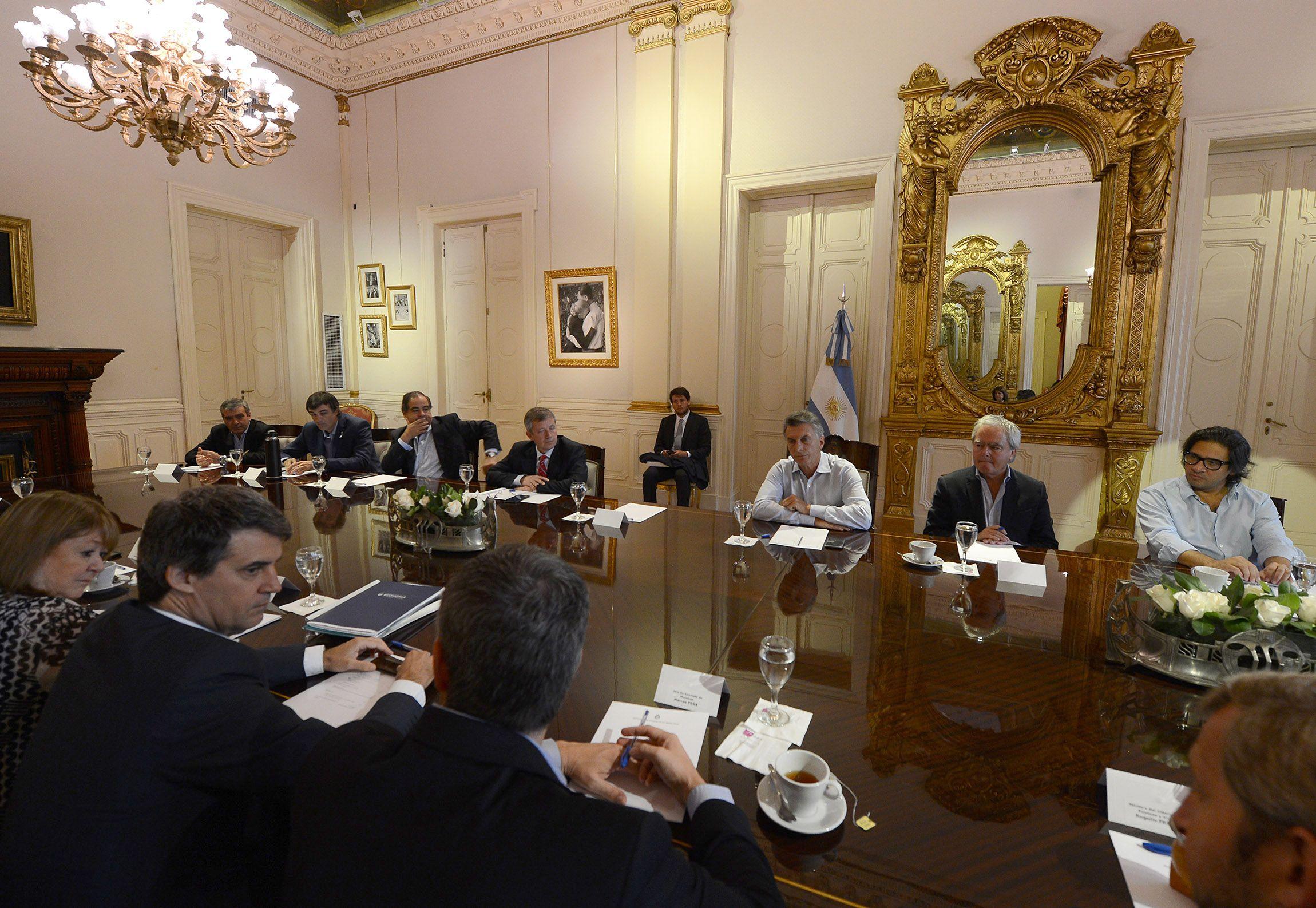 Macri se reunión con funcionarios de su Gabinete en la Casa Rosada
