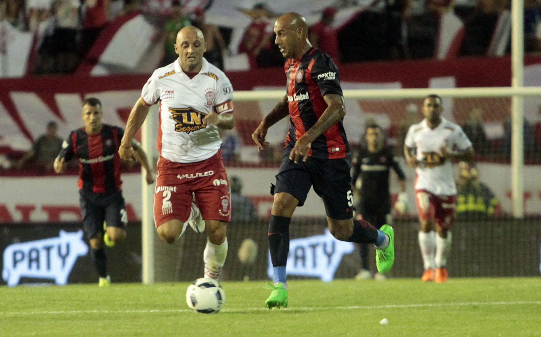 Huracán goleó 3 a 1 a San Lorenzo y se quedó con el clásico en Mar del Plata