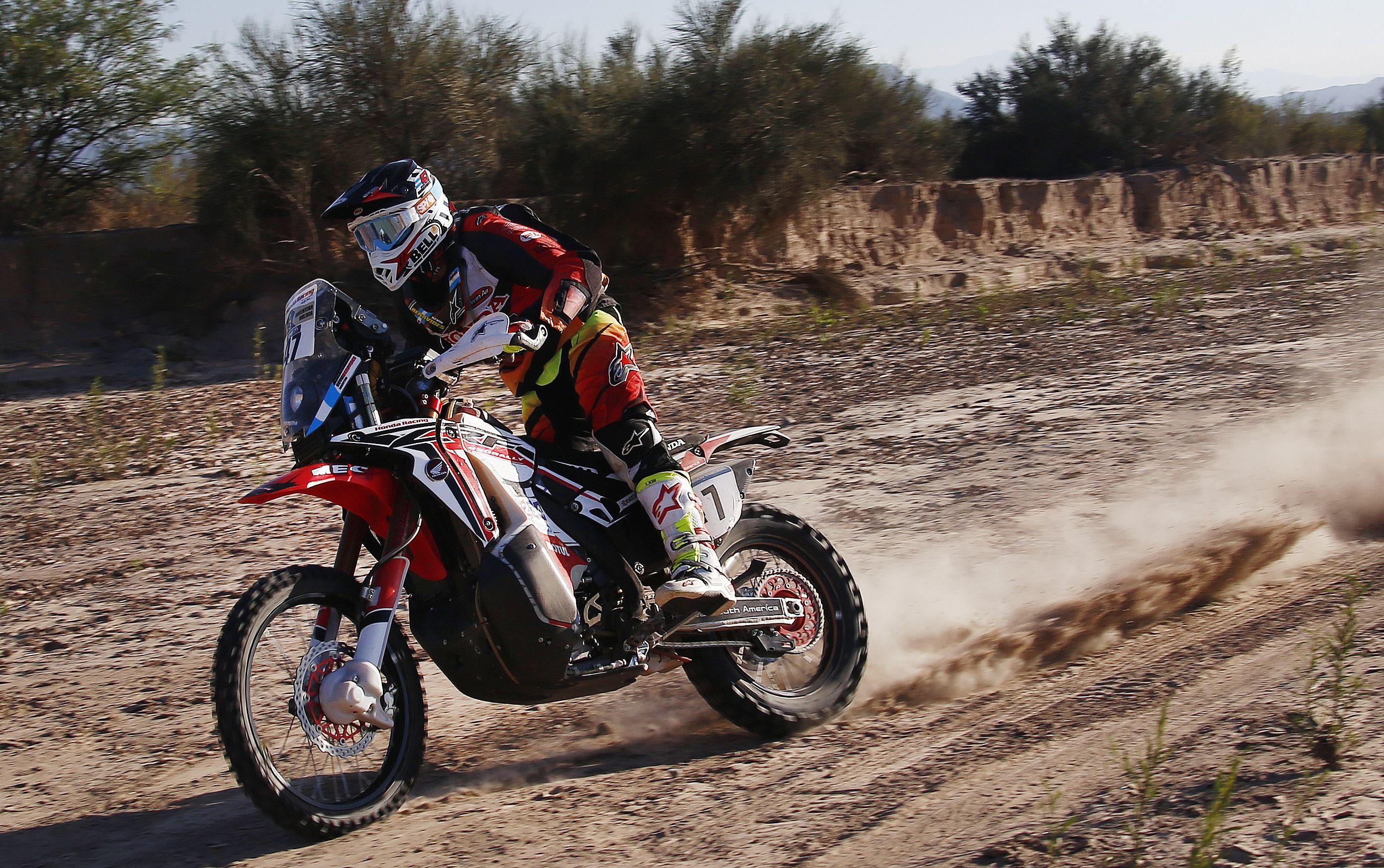 Otra gran actuación de Kevin Benavides en el Dakar 2016