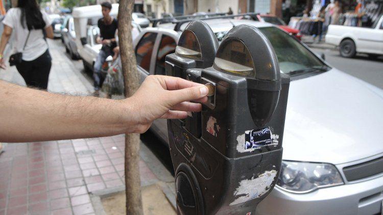 El Gobienro duplicó la tarifa de los parquímetros