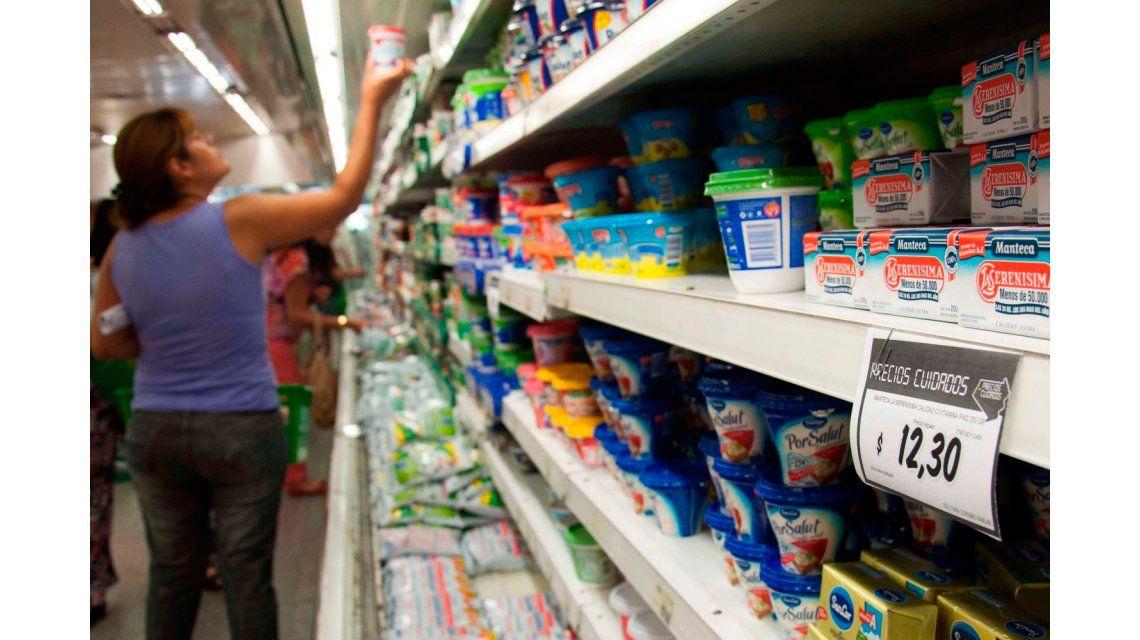 Lejos de la meta del gobierno, para Standard & Poors, la inflación este año será del 35%
