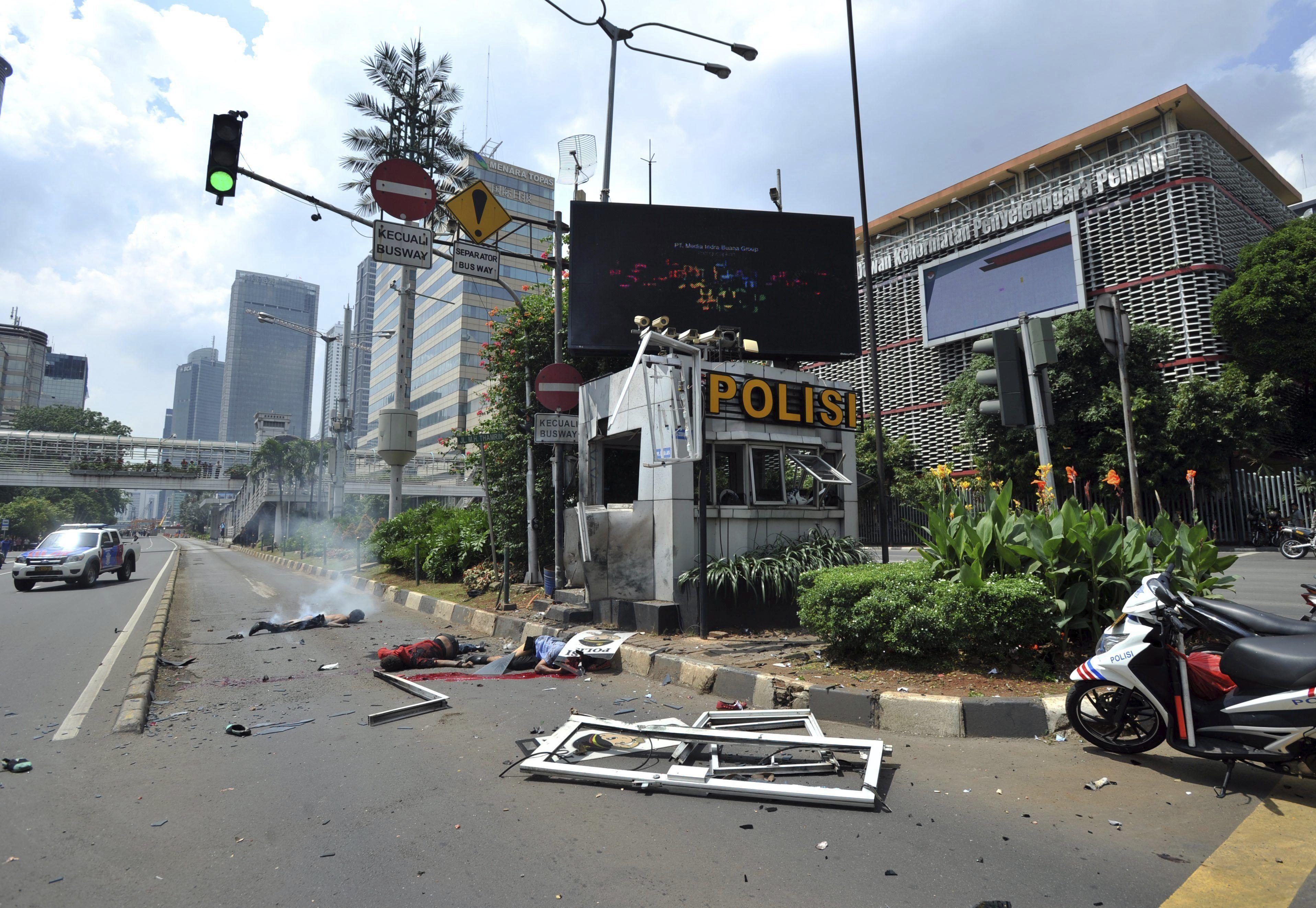 Las fotos de los atentados en Indonesia
