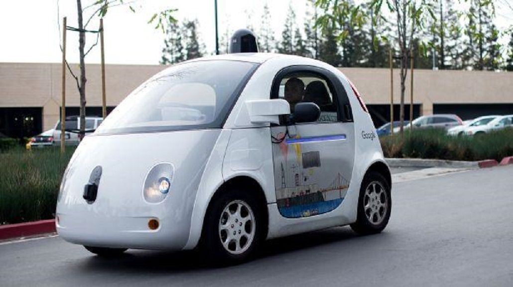 Los vehículos de Google ya tuvieron 13 accidentes y 272 fallos