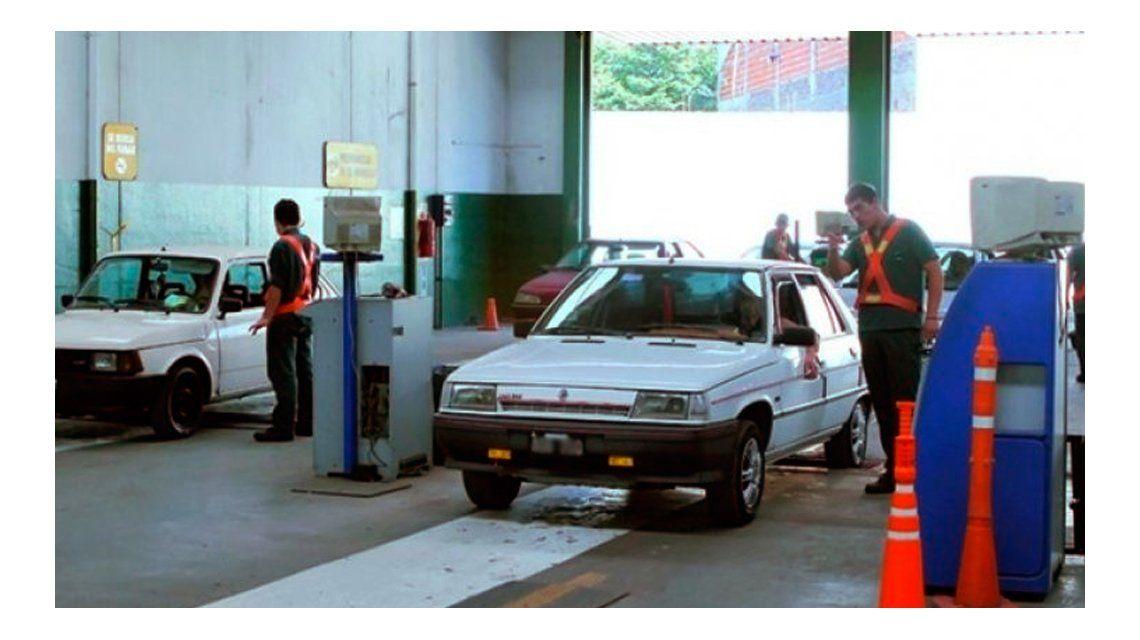 ¿Qué vehículos deben hacer la Verificación Técnica Vehicular en la Ciudad?