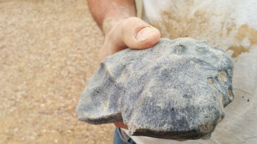 Encuentran la piedra más antigua del mundo en el desierto de Australia