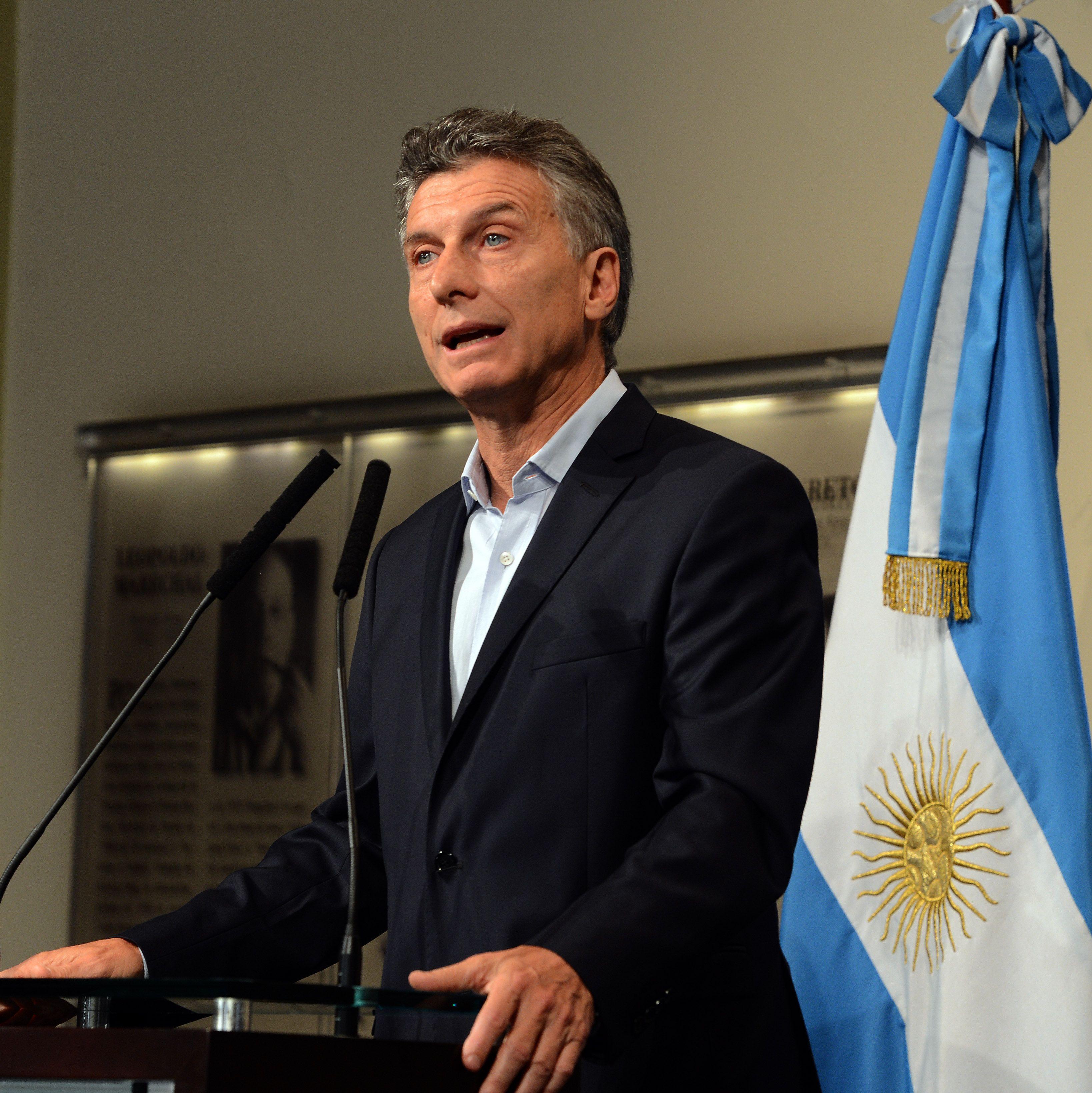 Macri se realizó un un chequeo por la fisura en la costilla