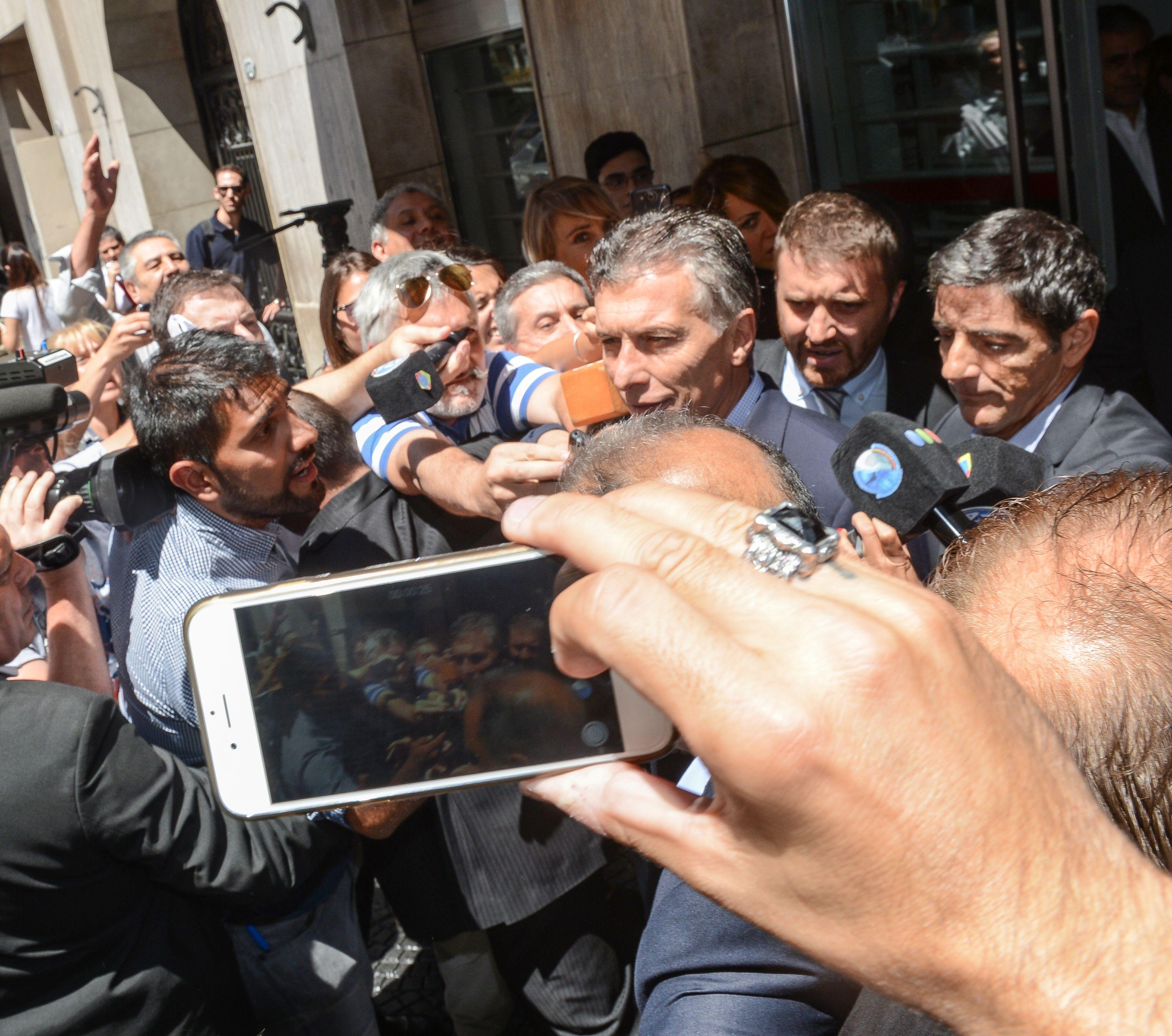 Macri, a la salida del sanatorio: Estoy bien, me hice chequeos de rutina