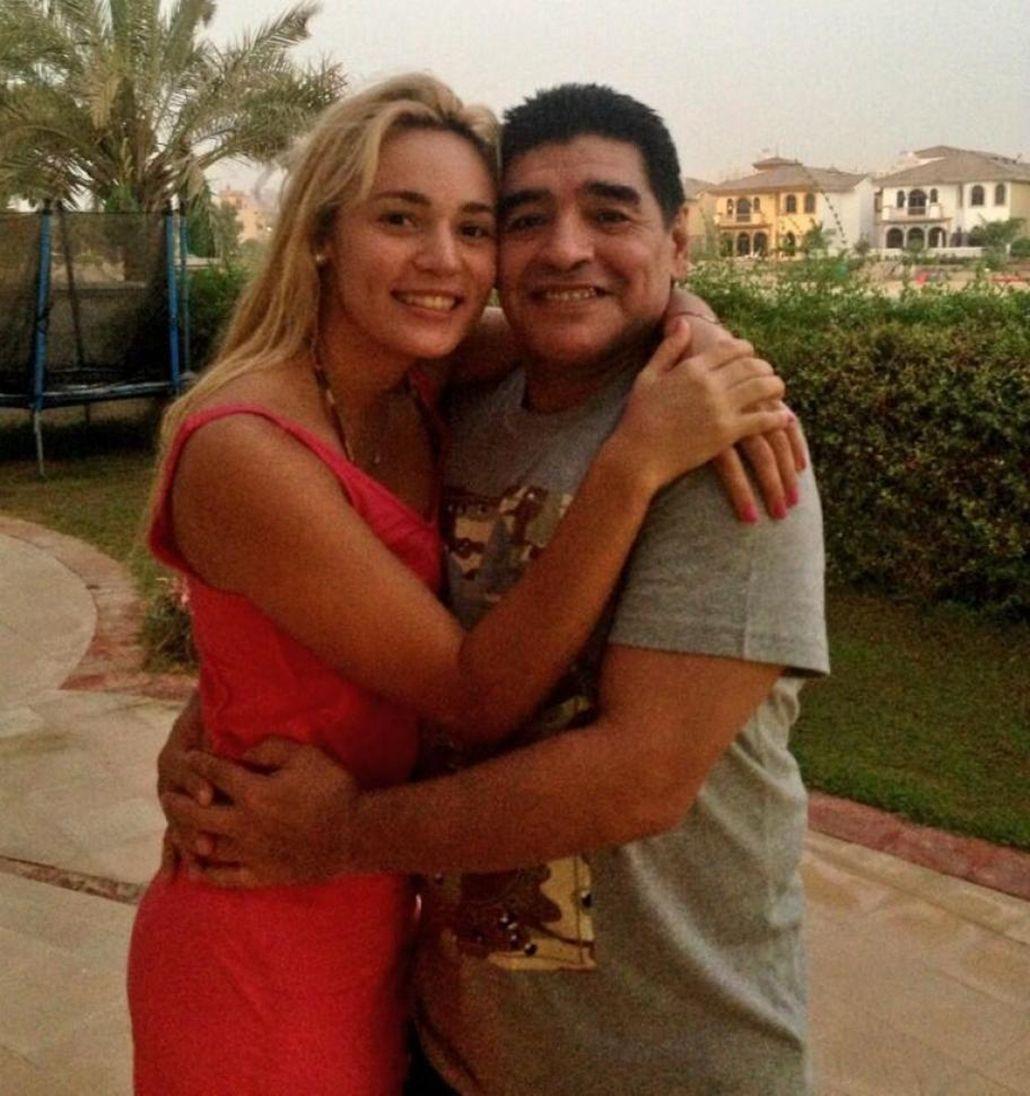 Mirá el look que Diego Maradona usaría en su boda con Rocío Oliva