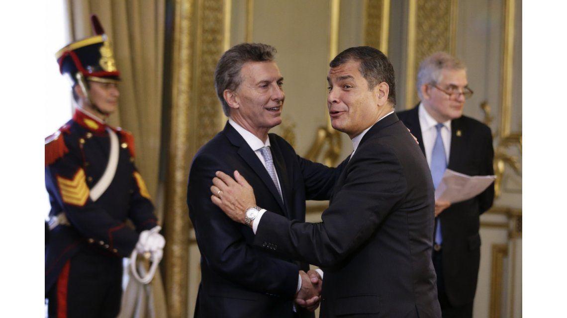 Tras su participación en el Foro de Davos, Macri visitará a Correa en Ecuador