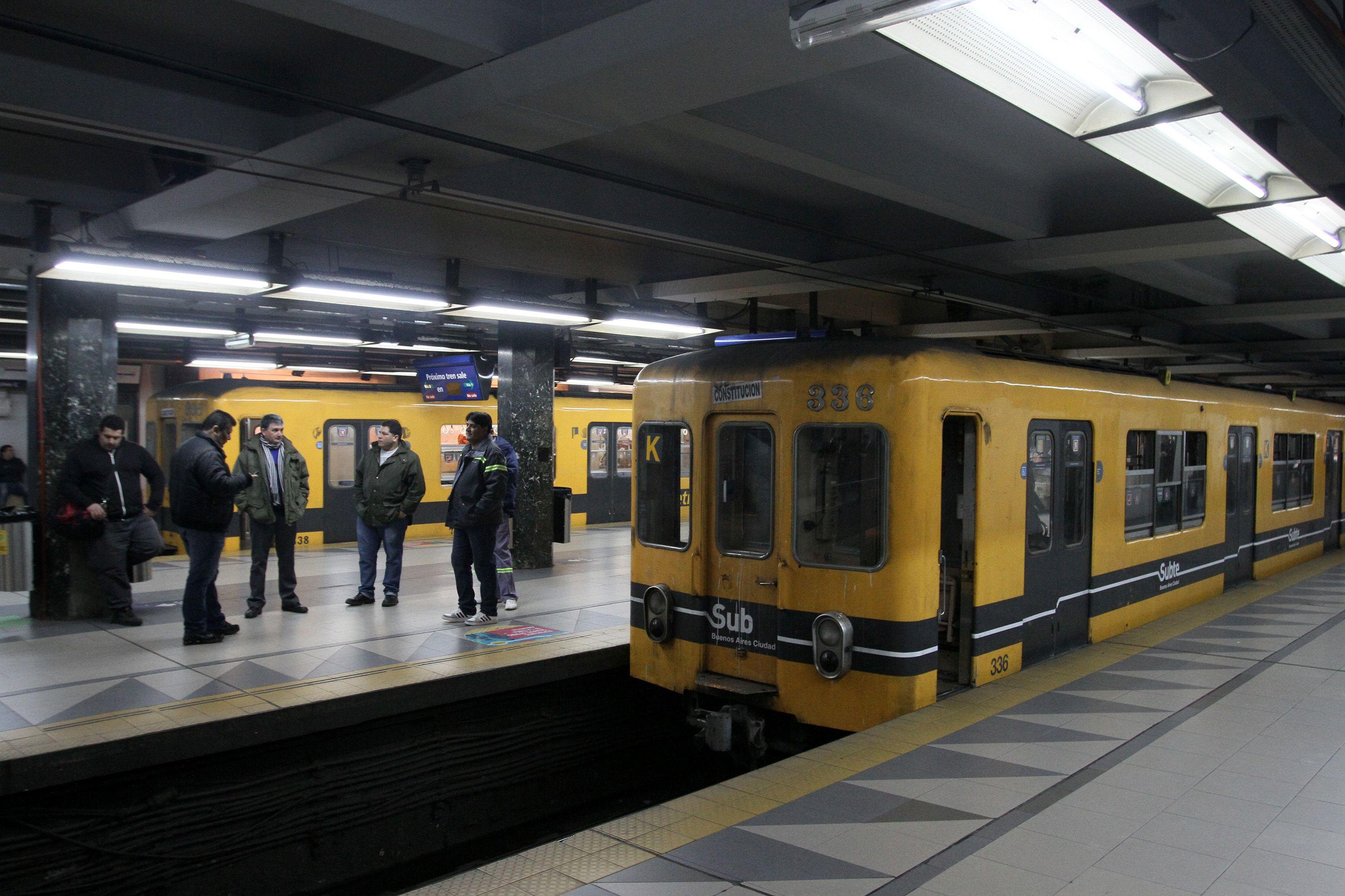 Se normalizó el servicio de subte tras el paro de dos horas de los metrodelegados