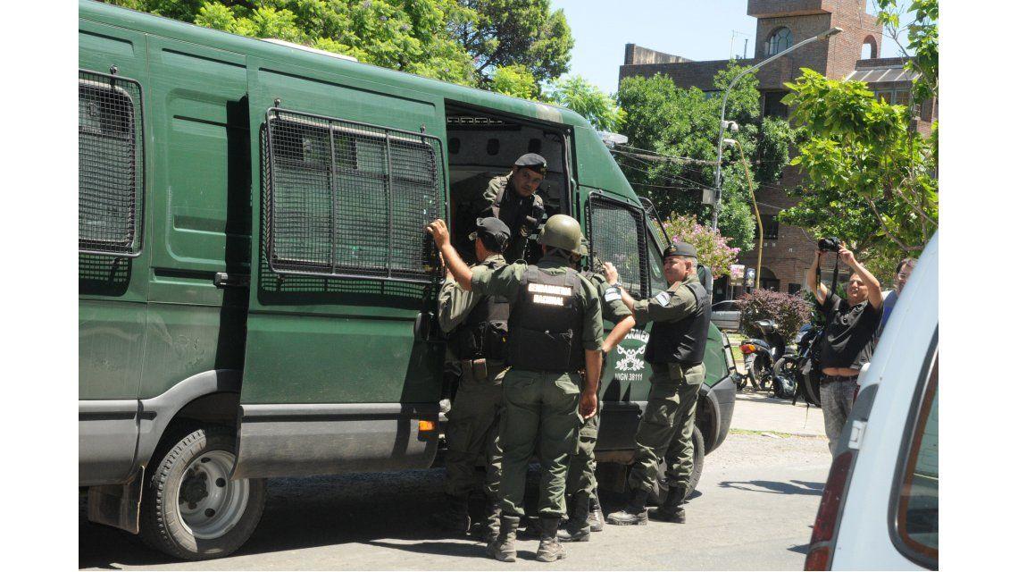 Hallaron la mochila de Schillaci, mientras continúan los operativos