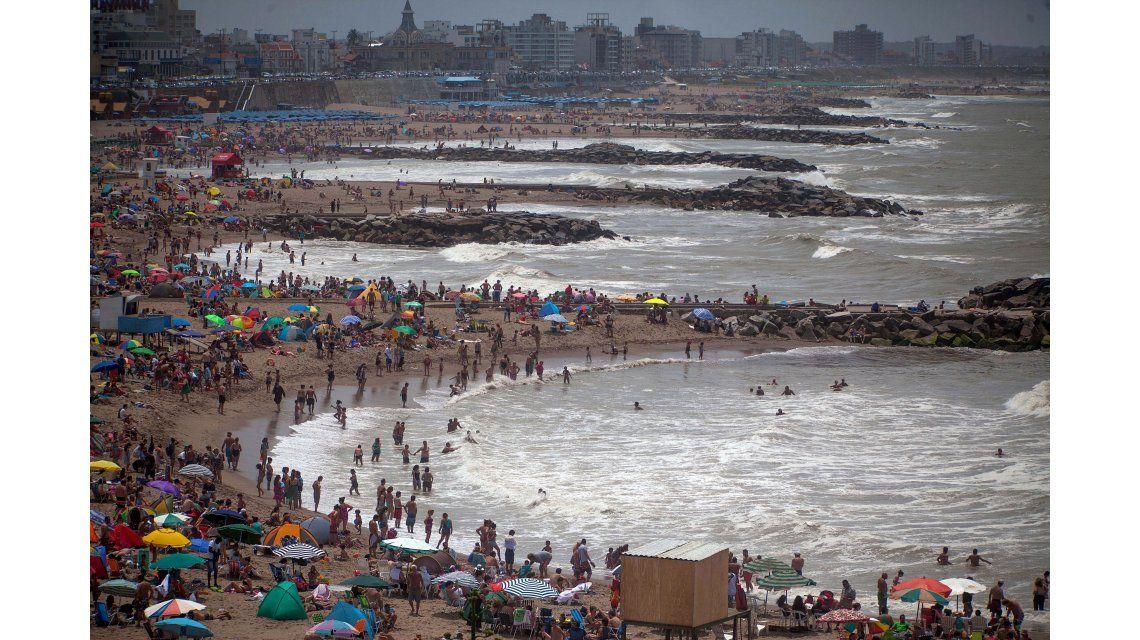 Pronostican un 60% de ocupación en Mar del Plata para la primera quincena de febrero